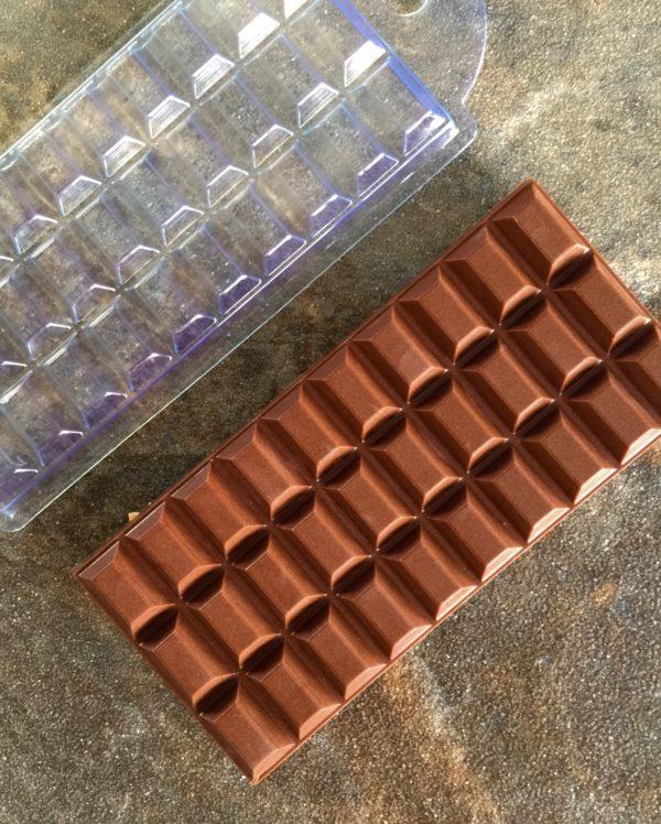 Плиточный шоколад «Дольки» 08
